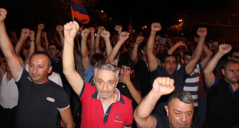 оппозиция в армении сегодня раскачивания аккумуляторной